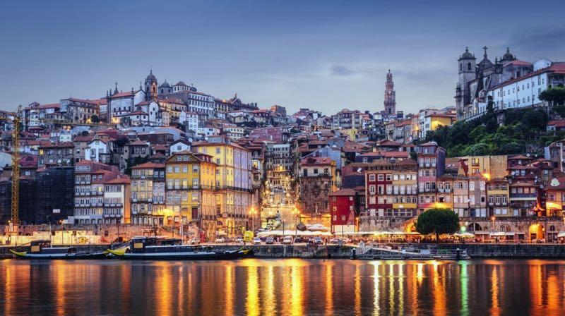 Melhores acompanhantes em Porto