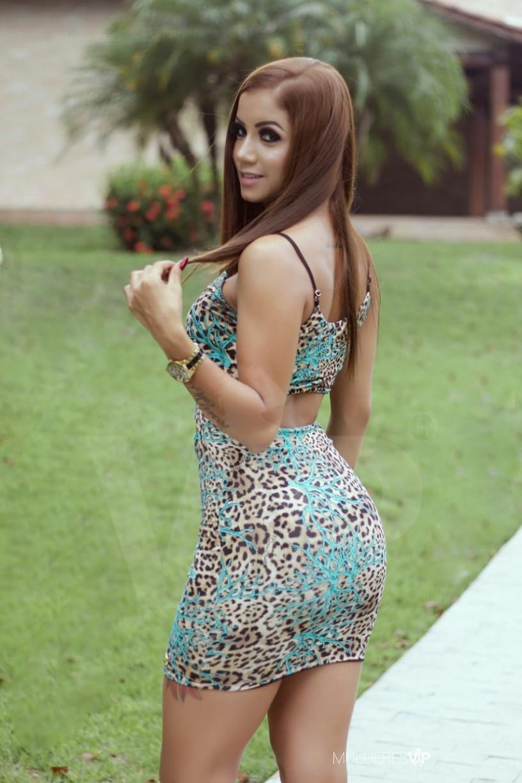 Acompanhante Gaby Araújo