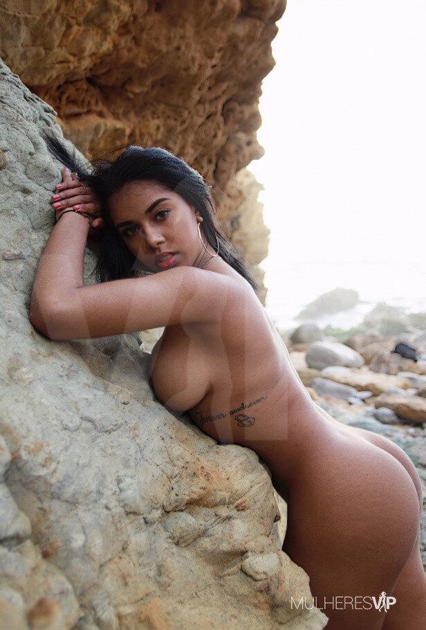 Acompanhante Lorena A