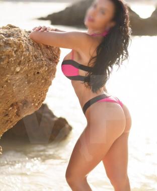Acompanhante Raquel Santiago